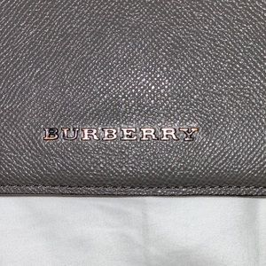 Burberry iPad/tablet case